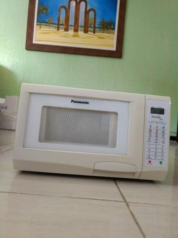 Micro ondas Panasonic piccolo light