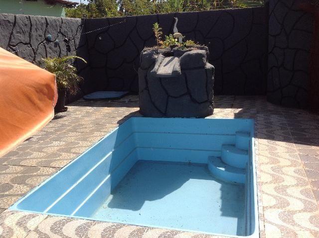 Casa em caldas na laje,piscina,barracao no fundo com divisão,bem localizada Itaguaí. - Foto 2