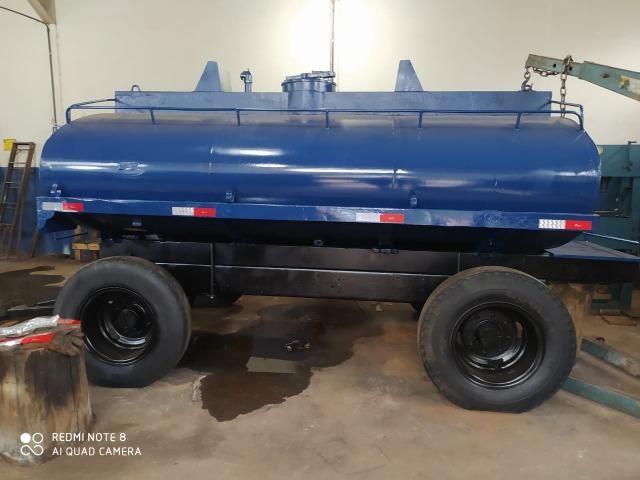 Carreta tanque para trator capacidade de 7 mil litros