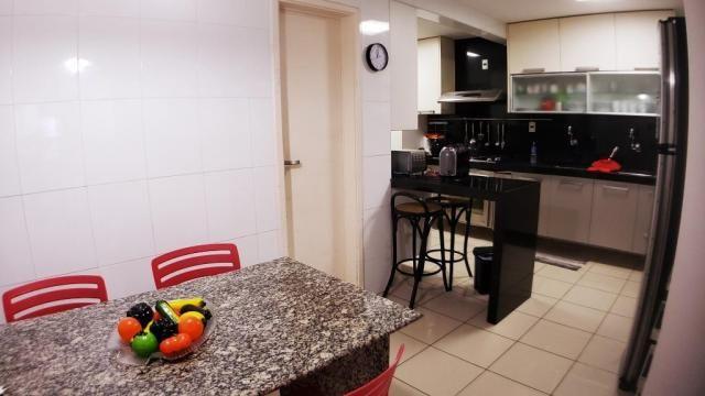 Vendo CASA REAL 230 m² 4 Suítes 1 Lavabo 5 WCs DCE 2 Vagas PONTA VERDE - Foto 15