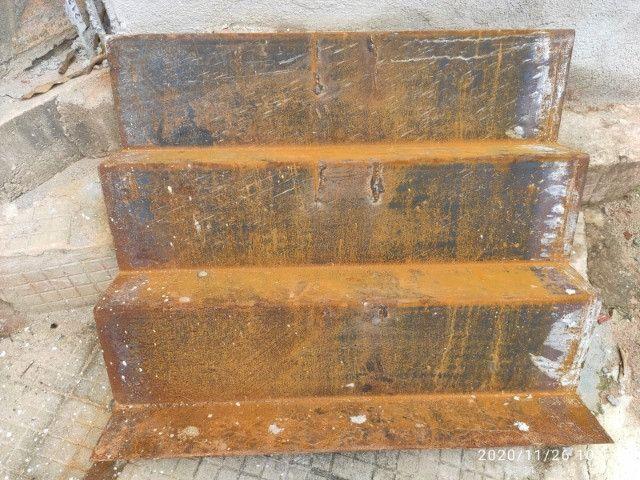 Portão basculante, escada de chapa de ferro ,leia a descrição - Foto 5