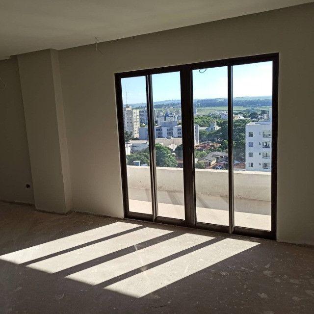 César Dallabrida vende Apartamentos na Torre Varsóvia Brzezinski em Campo Mourão/PR - Foto 2