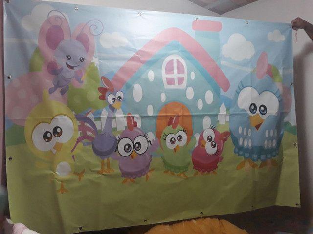 Painel de festa de lona com ilhós  galinha pintadinha  - Foto 3