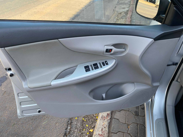 COROLLA 2013/2014 1.8 GLI 16V FLEX 4P AUTOMÁTICO - Foto 15