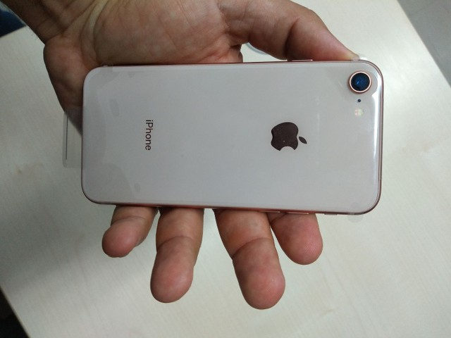 iPhone 8 Gold 64GB - Completo - Foto 2