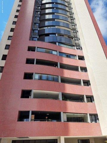 Apartamento para Venda em Fortaleza, Meireles, 4 dormitórios, 3 suítes, 5 banheiros, 3 vag