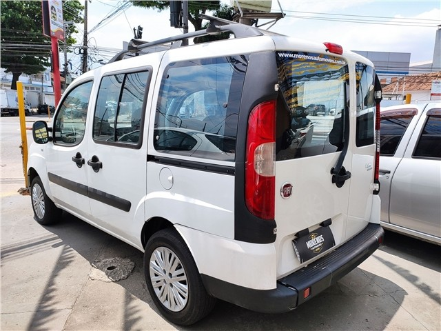 Fiat Doblo 2018 1.8 mpi essence 16v flex 4p manual - Foto 5