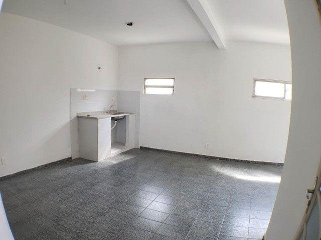 Ótimo Apartamento Duplex 2 Quartos todos espaçoso com Quintal na Pavuna - Foto 12