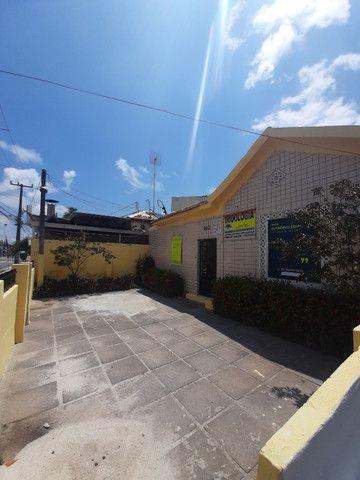 Alugo casa comercial com 10 salas recepção e estacionamento em Bairro Novo Olinda  - Foto 2