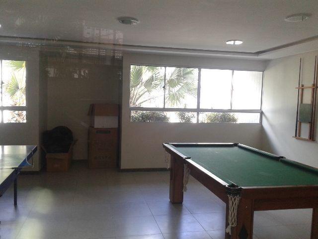 Aluga Apartamento No Residencial Newton Rique,No Bairro do Catolé,3 Quartos