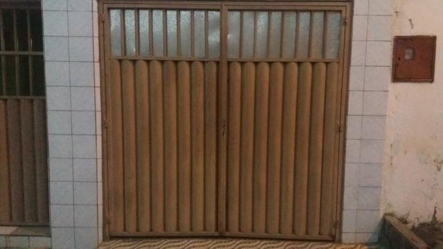 Vendo portão de casa R$:1,200