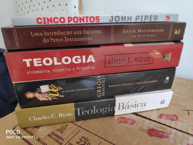 Livros teológicos - evangélicos  - Foto 2