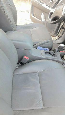 Vende-se Hilux 2012 SRV com todos opcionais e pouco rodada  - Foto 3