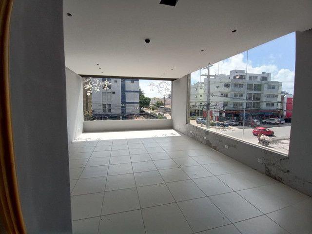 Sala comercial na galeria térrea de frente para  avenida. - Foto 12