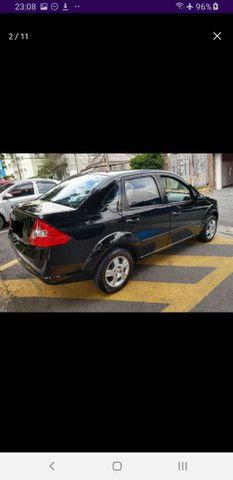 Fiesta Class Sedan 1.6 completo - Foto 5