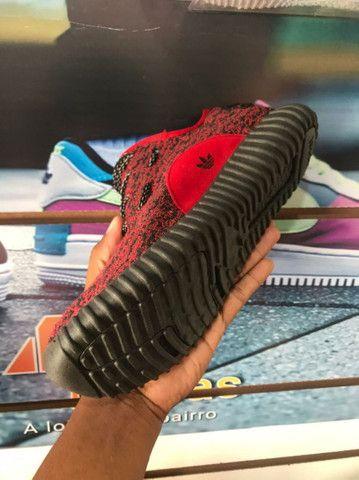 Adidas YZY Vermelho - 70,00 - NOSSO ZAP - (9 9 9 2 0 - 2 9 9 5)!<br><br> - Foto 4