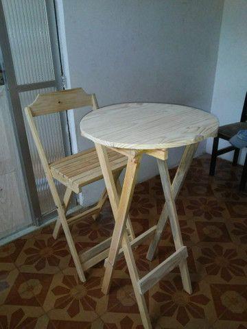 Conjunto de mesa e cadeiras bistrô pinho e cedro