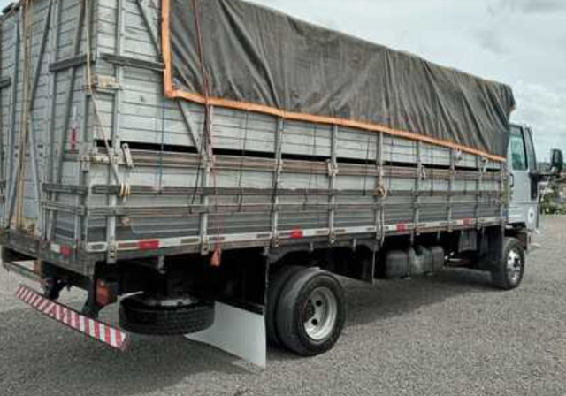 Cargo815 Ford ano 2011 - Foto 4
