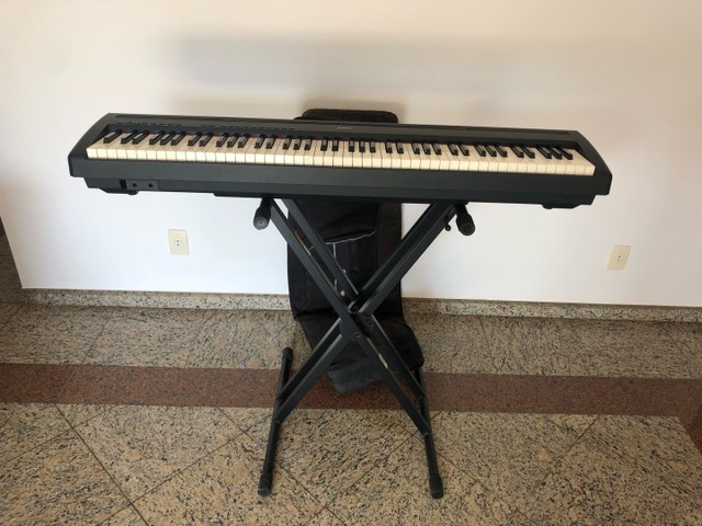 Piano Eletrônico  Yamaha P-85  - Foto 2
