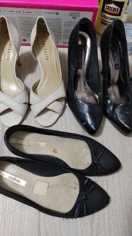 Lote de sapatos número 34 - Foto 6