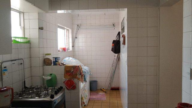 Apartamento 3 quartos, sendo 2 suítes - Pajuçara - Foto 15
