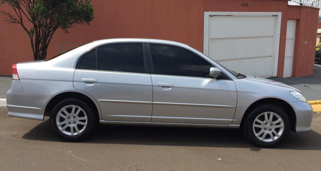 Honda Civic LX 2005   Completo
