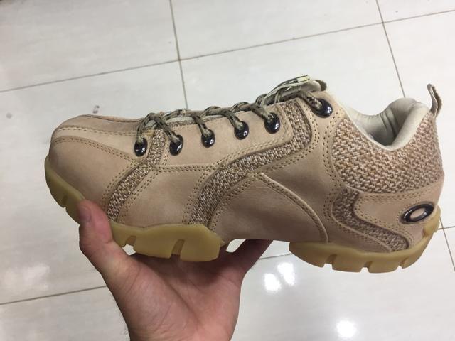 78aa0c909d5 Botinha da oakley - Roupas e calçados - Taguatinga Norte