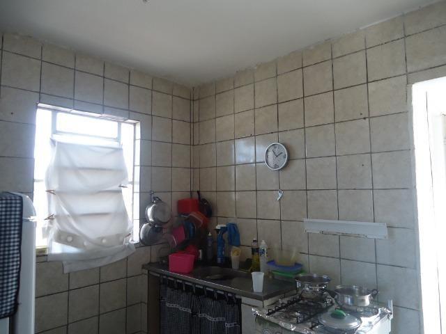 Dois quartos 1wc cozinha ampla. sala, área de serviço, nasc.há 3min do td dia e da max pão - Foto 9