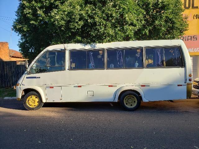 Micro Onibus MBenz MPolo Vicino 2002
