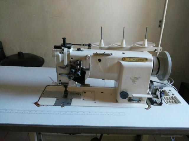 Maquina de costura - Foto 2