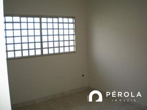 Casa geminada com 2 quartos - Bairro Setor Sudoeste em Goiânia - Foto 5
