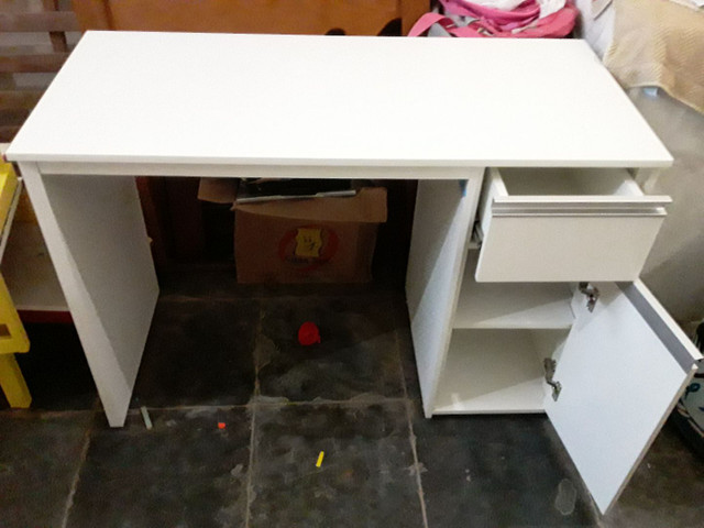 Mesa escrivaninha em MDF  para escritório preço só segunda  - Foto 2