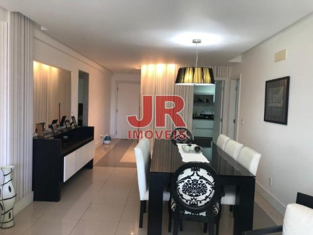 Excelente apartamento de alto padrão 4 suítes, decorado e mobiliado. Passagem-Cabo Frio-RJ - Foto 2
