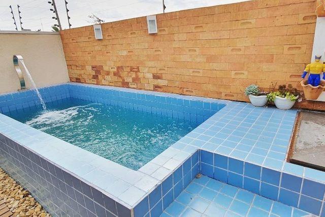 Vende-se sobrado com piscina na NEVA - R$ 600 mil - Foto 9
