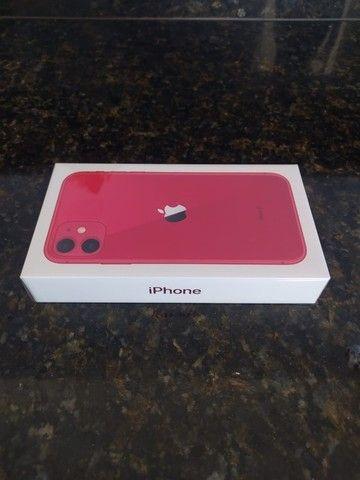 Iphone 11 - 64gb vermelho - Foto 3