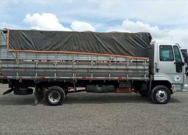 Cargo815 Ford ano 2011 - Foto 3