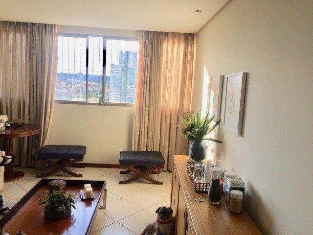Lindo Apartamento Edifício Costa Azul São Francisco - Foto 15
