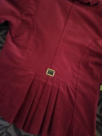 Blazer vermelho em veludo - Foto 4