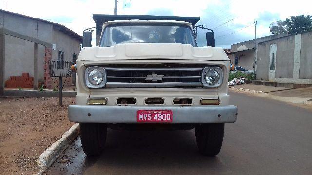 Caminhão D60 ano 1978