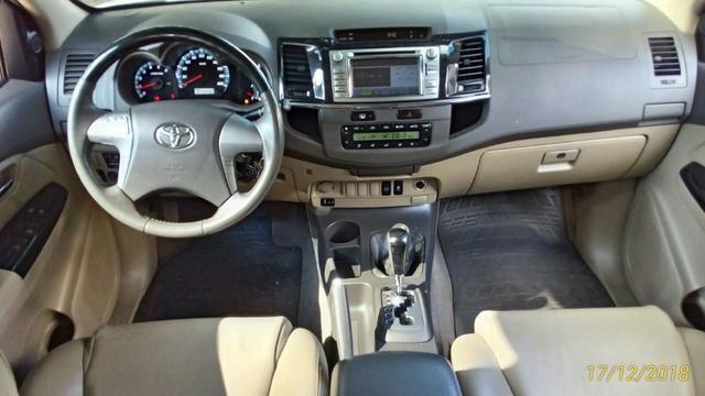 Toyota Hilux Sw4 3.0 4x4 Diesel 2013 -5 Lugares - Foto 3