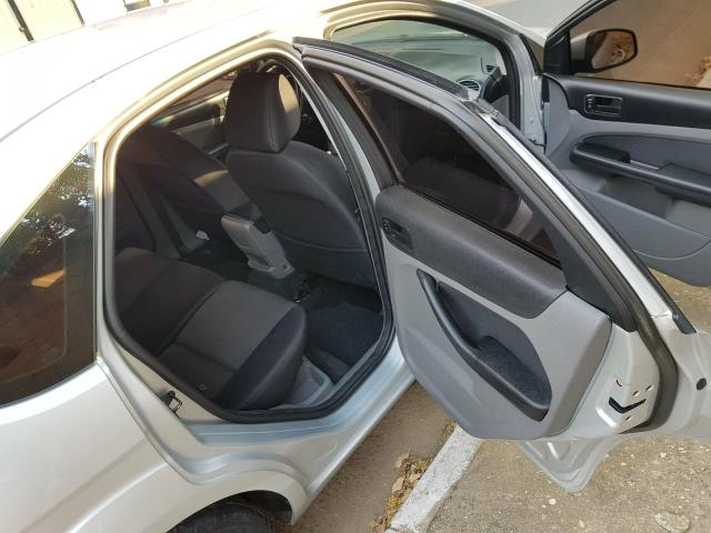 Focus Hatch 1.6 - Foto 8