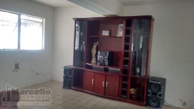 Casa com 5 Quartos à Venda, 360 m² por R$ 620.000 - Foto 14
