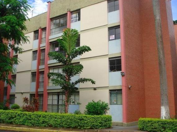 Apartamento para alugar com 3 dormitórios em Zona 07, Maringa cod:01884.001