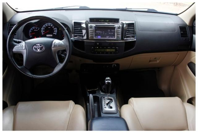 Toyota Hilux Sw4 SRV 4x4 4P - Foto 7