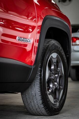 Jeep Renegade Sport 4x4 Diesel 2016 - Foto 16
