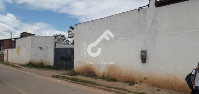 SÃO SEBASTIÃO DO PASSÉ, Centro! Galpão com 1.400m² com área edificada coberta. R$3.200,00.