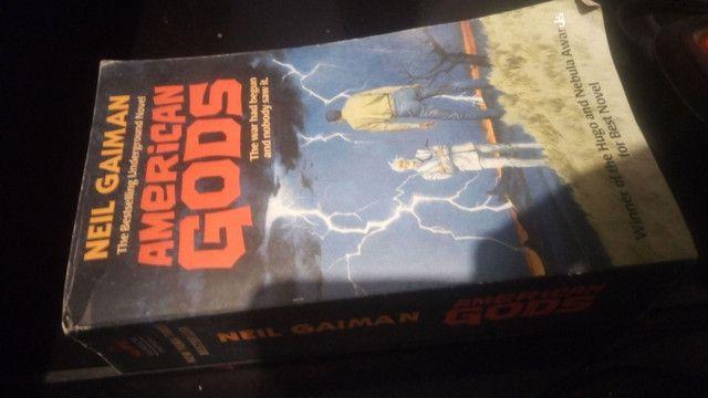 American gods (em inglês)