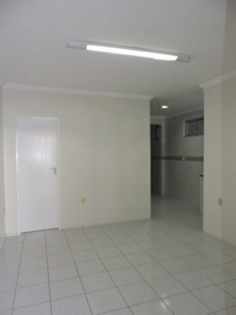 Casa térreo - Dois quartos sendo 01 suíte na Parquelândia - Foto 4