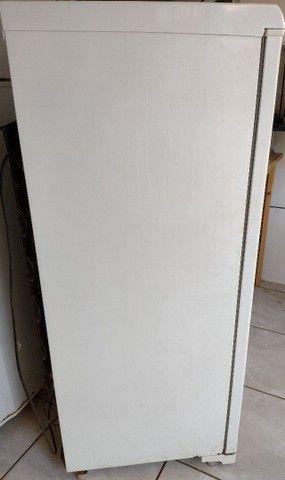 Freezer vertical Eletrolux 145 litros 110 V - Foto 3