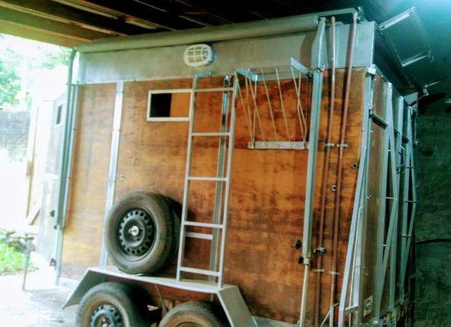 vende-se reboque alongado com banheiro - Foto 5